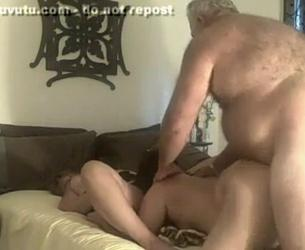 [Homemade] Obese Old Man Has A Threesome With Two Local Escorts