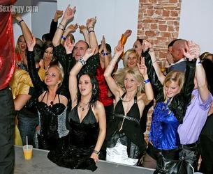 [Drunksexorgy.com / Tainster.com] (25) Pack / Drunksexorgy DSO 2008-2010 Pack [2008-2010, Orgy, Party, Group Sex, 720p]