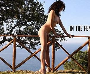 [photodromm.com] 2020-03-29 Teddy aka Teodora - In The Fence 3 [Erotic, Posing][1080p]