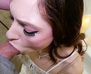Naughty little Angel in White gives Sloppy Blowjob_Anna Blossom_1080p.mp4